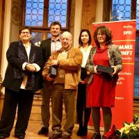 Laudatorin Hanni Baur, Preisträger Andi Lotter und Conny Schneider, Preisgeber Kanna Tlaskal und Patrik Beausencourt